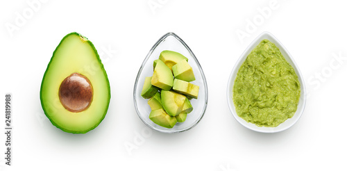 Avocado, cut avocado and avocado spread Fototapet
