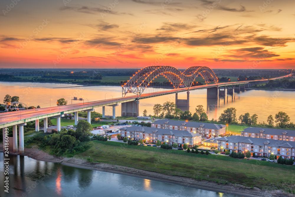 Fototapeta Hernando de Soto Bridge.