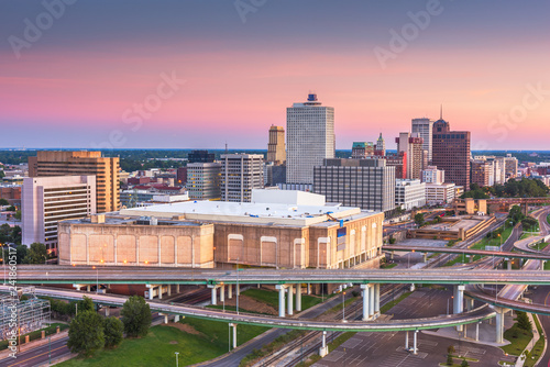 Fotografia, Obraz  Memphis, Tennessee, USA downtown city skyline over highways