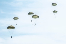 Many Soldiers With Parachutes ...