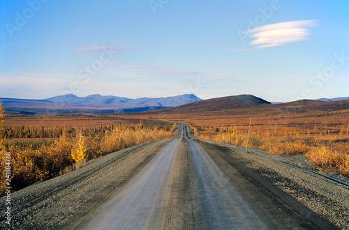 Tuinposter Centraal-Amerika Landen Dempster Highway, Yukon, Northwest Territories, Canada