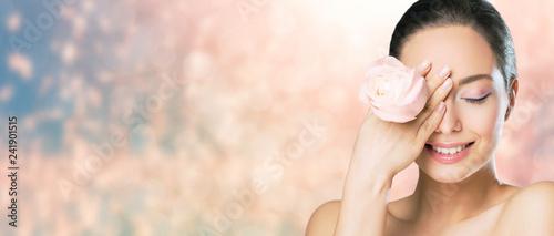 Fototapeta Brunette beauty in light makeup. obraz