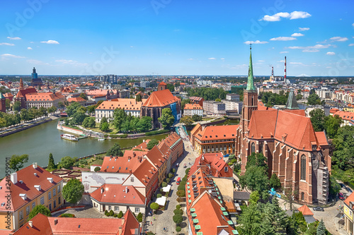 obraz PCV Aerial cityscape of Wroclaw with Cathedral of St. John the Baptist and Oder river, Poland