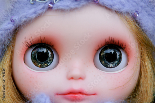 Plastic big eyes dolls in different colors Poster Mural XXL