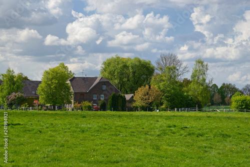 Foto  niederrheinisches Bauernhaus
