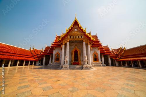 Foto  Wat Benchamabophit (Marble Temple) in Bangkok