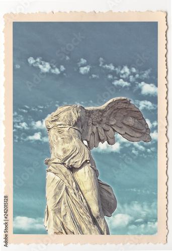Tuinposter Historisch mon. Victoire de Samothrace - Montpellier - vintage photograph