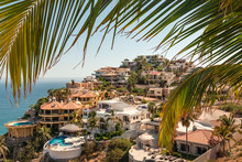 Luxury Vacation Homes In Pedre...