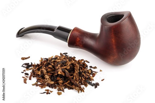 Fotografía  wooden tobacco pipe with dried smoking tobacco isolated on white background