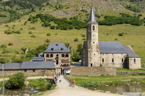Photo sur Toile Con. Antique Sanctuary of Montgarri, Catalan Pyrenees