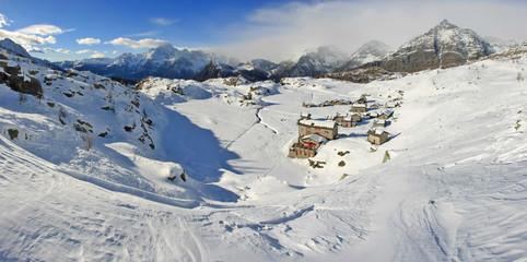 Alpe Prabello e rifugio Cristina in Valmalenco - vista invernale