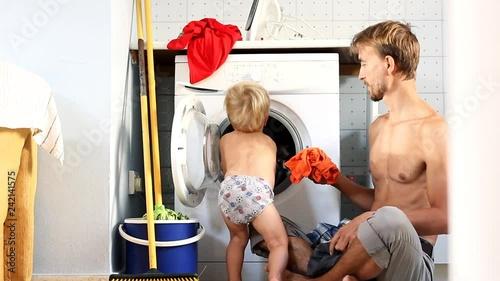 Домохозяйка соблазняет видео