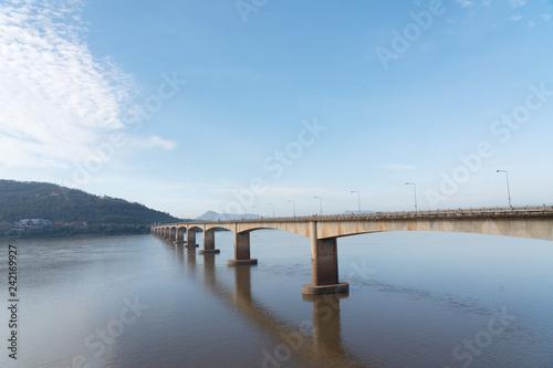 Foto  Lao-Nippon Friendship Bridge in Pakse Laos