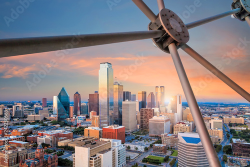 Photo Stands United States Dallas, Texas cityscape with blue sky at sunset