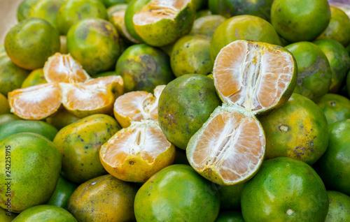 Fotografía  pile of fresh mandarin orange citrus