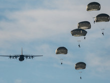 Israeli Army Paratroopers In A...