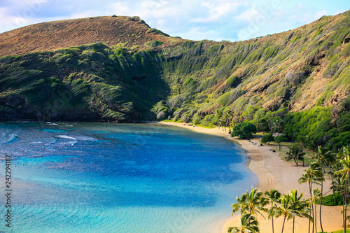 Hanauma Bay, Oahu, Hawaii. Popular swimming and snorkelling spot in an extinct volcanic crater.