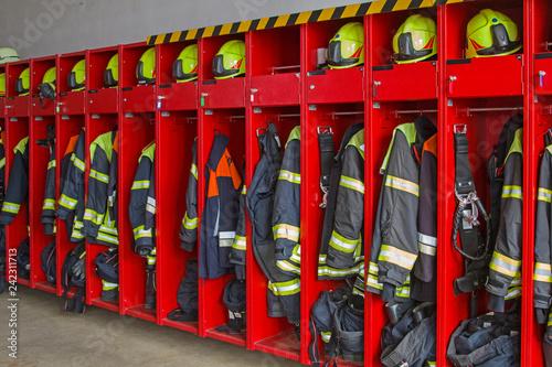 Photo Bekleidungsspind  in einem Feuerwehrhaus