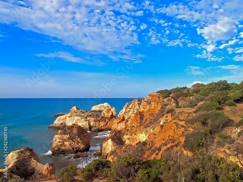 Tuinposter Athene Beautiful ocean landscape at the Algarve coast of Portugal