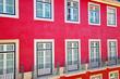 Leinwanddruck Bild - Colorful Streets of Lisbon