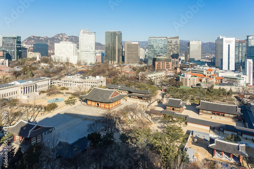 Keuken foto achterwand Stad gebouw Panoramic view of Deoksugung Palace on blue sky in winter, South Korea, Korean old buildings in Gyeongju, Ancient Asian Traditional Architecture at South Korea