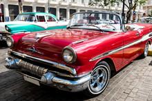 Oldtimer Cabrio In Havanna