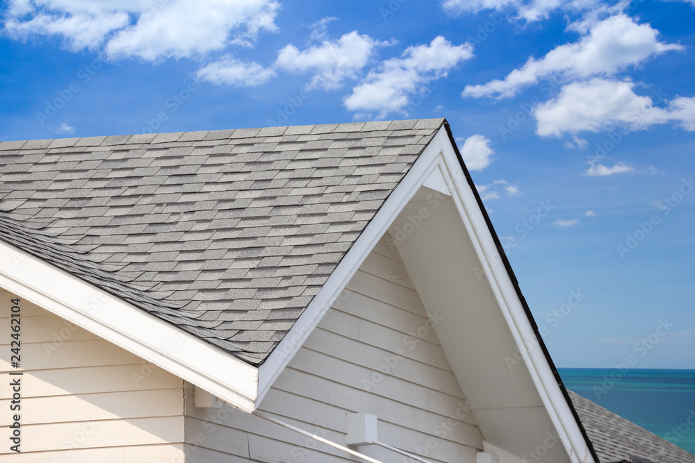 Fototapety, obrazy: grey roof shingle with blue sky background