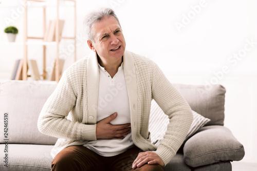 Fotografía Terrible stomachache