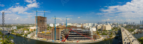 Spoed Foto op Canvas Centraal-Amerika Landen Aerial panoramic photo Miami River Landing construction site
