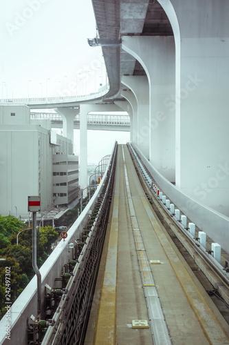 Keuken foto achterwand Asia land Monorail on Rainbow bridge, Tokyo, Japan