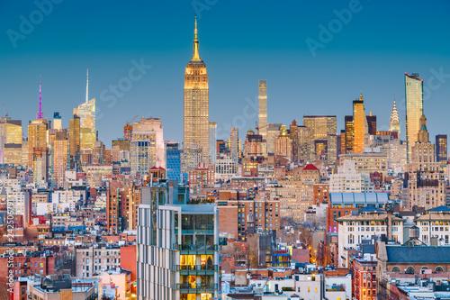 Photo Stands New York New York, New York, USASSkyline