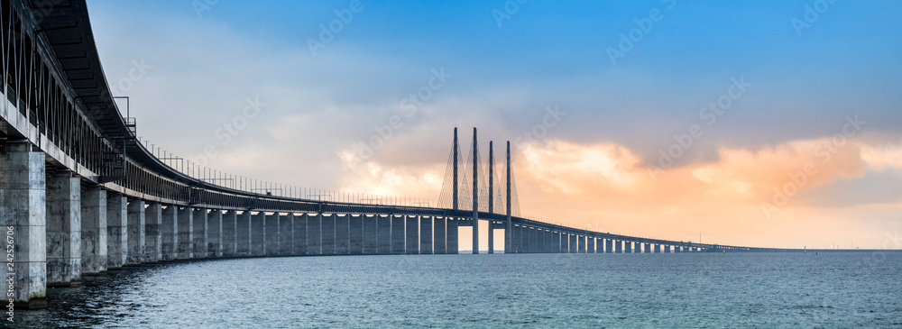 Fototapety, obrazy: The Oresund bridge panorama