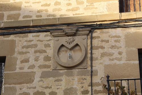 Fotografie, Obraz  sajazarra,la rioja, españa,reloj de sol