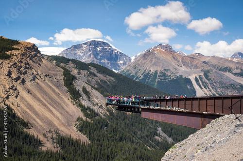 Valokuva  Glacier Skywalk in Jasper National Park, Alberta, Canada.