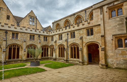 Fotografia The Cloister Garden of Christ Church Cathedral. Oxford. England