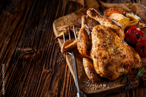 Cuadros en Lienzo Grilled young poussin or spring chicken