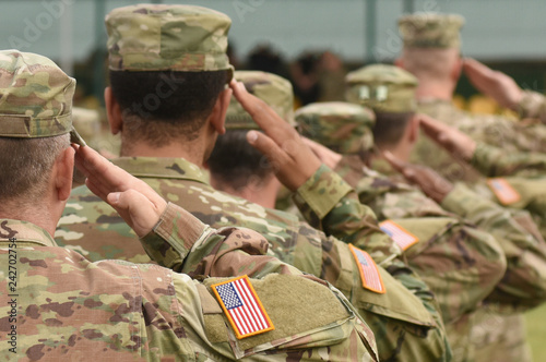 US soldier salute. US army. US troops. Military of USA. Fototapeta