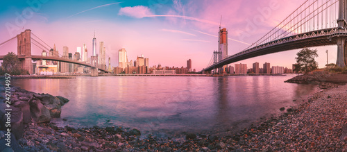 a magnificent panorama view of the lower Manhattan and Brooklyn Bridge, New York City