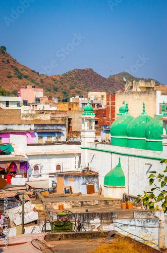 Keuken foto achterwand Asia land Panoramic view on city Pushkar, Rajasthan, India.