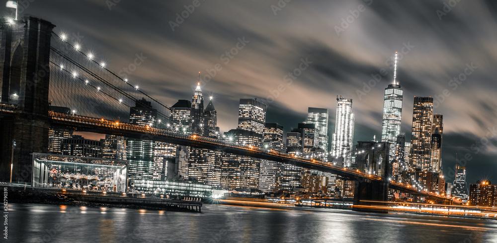 Fototapeta Brooklyn Bridge night long exposure