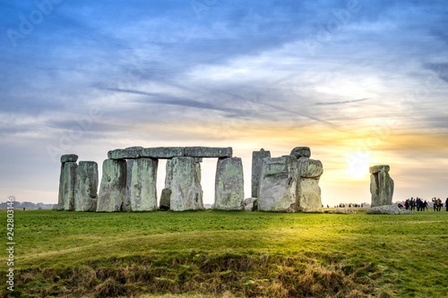 Fotografia Stonehenge with sun set