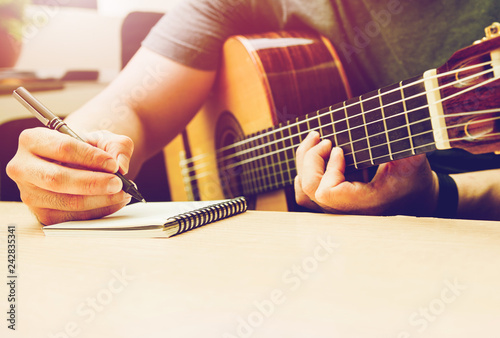 Romantic Guitar Canvas Print