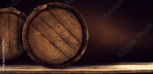 Foto Wooden retro old barrel on desk and free space for your decoration