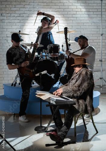 Photo  Musical Quartet