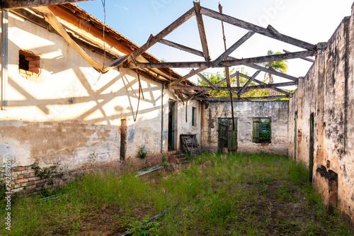 Fotografía  casa em ruínas
