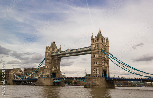 Fotografie, Obraz  Tower bridge in London