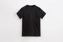 Solid Basic T-Shirt Black Man Unbranded