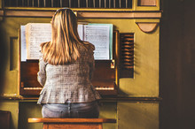 Female Piano Player Woman Musi...