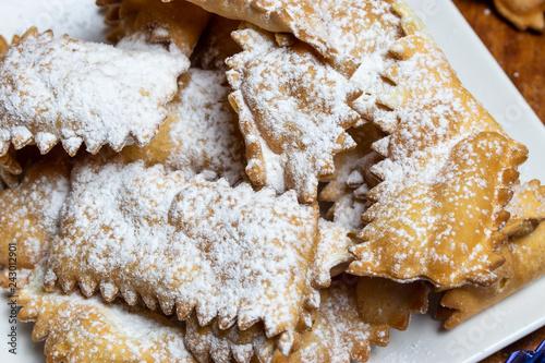 Chiacchiere di Carnevale, tradizionale dolce Italiano