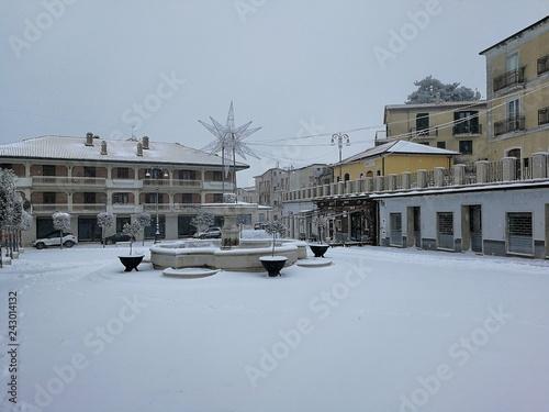 Fotografie, Obraz  Sant'Angelo dei Lombardi - Piazza innevata